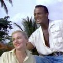 Harry Belafonte and Joan Fontaine - 304 x 320