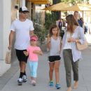 Jessica Alba and Her Family Enjoy a Day Out in Beverly Hills - 454 x 490