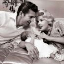 Jayne Mansfield and Mickey Hargitay - 454 x 304