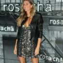 Gisele Bundchen – Rosa Cha Summer Collection Lauch Event in Sao Paulo - 454 x 751