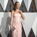 Emily Blunt At The 88th Annual Academy Awards (2016)