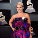 60th Annual GRAMMY Awards - Arrivals - 414 x 600