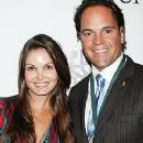 Mike Piazza and Alicia Rickter