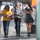 Robin Wright – Walk with her friends in West Hollywood - 454 x 334
