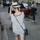 Anne Hathaway In Jeans Shorts Out In Nyc