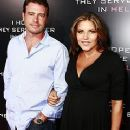 Scott Foley and Marika Dominczyk - 240 x 320