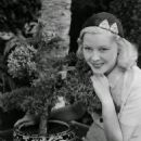 Mary Carlisle - 454 x 564