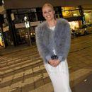 Michelle Hunziker in Long Dress – Out in Milan - 454 x 647