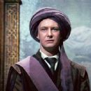 Harry Potter and the Sorcerer's Stone - Ian Hart - 454 x 340