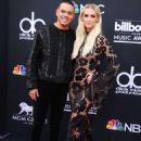 Ashlee Simpson – Billboard Music Awards 2018 in Las Vegas - 454 x 655