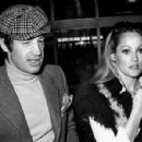 Jean-Paul Belmondo and Ursula Andress - 454 x 299