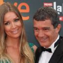 Antonio Banderas and Nicole Kimpel- TNTLA Platino Awards 2015 - Red Carpet - 454 x 302