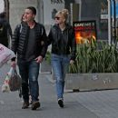 Anna Faris and Michael Barrett – Christmas shopping in Los Angeles - 454 x 387