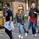 Jessica Chastain and her husband Gian Luca Passi de Preposulo at Disneyland - 454 x 539