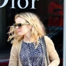 Rachel McAdams does a little shopping at the Dior boutique on Saturday (February 4) in Beverly Hills, Calif