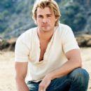 Chris Hemsworth - People Magazine Pictorial [United States] (1 December 2014)