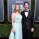 Yvonne Strahovski and Tim Loden At 76th Golden Globe Awards - 400 x 600
