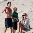 Cindy Crawford & Family: Christmas In Cabo - 23 December 2010