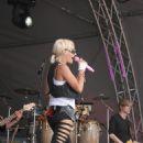 Sarah Connor - Concert In Munich - 04.07.2009 - 454 x 680