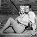 Doris Day - By the Light of the Silvery Moon - 454 x 350