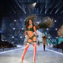 Izabel Goulart- 2016 Victoria's Secret Fashion Show in Paris - Show - 454 x 303