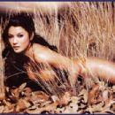 Kelly Hu - 454 x 348