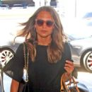 Alicia Vikander and Michael Fassbender – Catch a Flight Out of LAX 07/25/2017 - 454 x 597