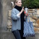 Jennifer Morrison in Spandex out in Los Angeles December 25, 2016 - 454 x 763