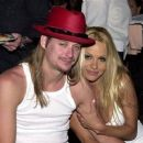 Kid Rock and Pamela Anderson - 447 x 375