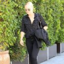 Malin Akerman out and about shopping trip in Beverly Hills, California on March 24, 2017 - 423 x 600