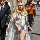 Avril Lavigne – Arrives at Jimmy Kimmel Live in Hollywood - 454 x 683