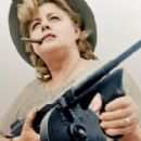 Bloody Mama - Shelley Winters - 454 x 279