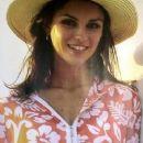 Ana Carolina Reston - 250 x 367