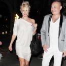 Pamela Anderson Out In Los Angeles