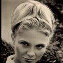 Karin Ugowski - 412 x 580