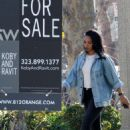 Candice Patton – house hunting in Hollywood - 454 x 593