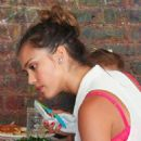 Jessica Alba: out for lunch at Bubby's in New York City