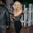 Courtney Stodden at The Ivy Restaurant in West Hollywood - 454 x 681