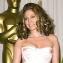 Jennifer Lopez - The 74th Annual Academy Awards - Pressroom (2002)