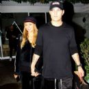 Paris Hilton and boyfriend – Shopping at the Beverly Glen Circle