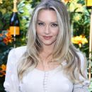 Camille Kostek – 2019 Veuve Clicquot Polo Classic in Los Angeles - 454 x 636