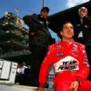 Helio Castroneves - 454 x 302