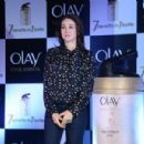 Karisma Kapoor for Olay and Garnier natural Commercial