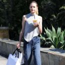 Jaime King out shopping in West Hollywood - 454 x 666