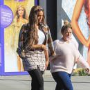 Tyra Banks – Promotes 'Life-Size 2' in Beverly Hills - 454 x 681