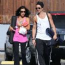 Colin Farrell & His Sister Claudine Hit Up A Yoga Class - 454 x 546