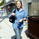 Leelee Sobieski At Le Pain Quotidien Restaurant In Beverly Hills, 2009-04-28