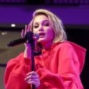 Olivia Holt – Performs at 'Live at the Atrium' Holiday Concert Series in Century City