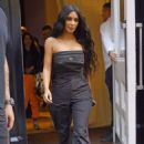 Kim Kardashian – Leaving her hotel in New York City