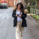 Casey Batchelor – Shows off her growing baby bump spotted out in Hertfordshire - 454 x 554